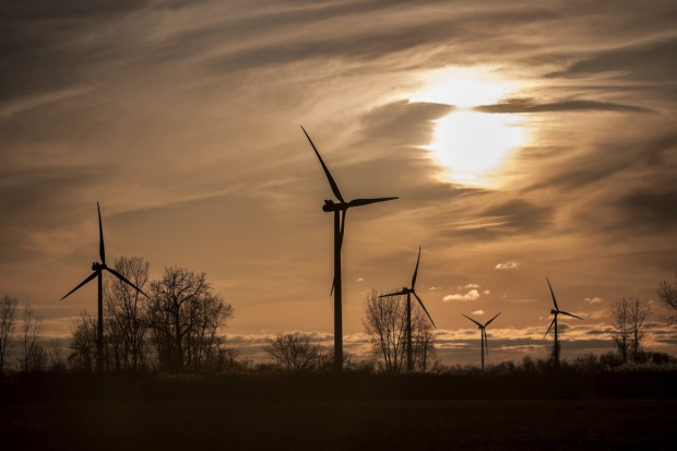 KE przyjęła wytyczne ws. pomocy dla energetyki i ochrony środowiska