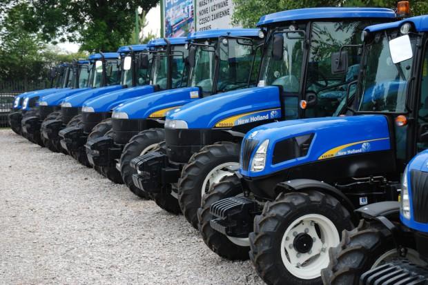 New Holland na czele kwietniowej sprzedaży ciągników