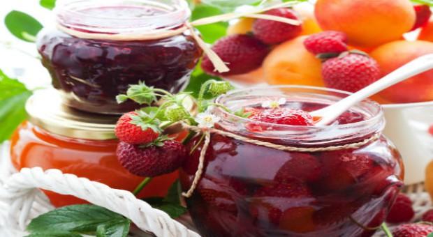 Ruchanki, nalewki i truskawki na święcie żywności tradycyjnej