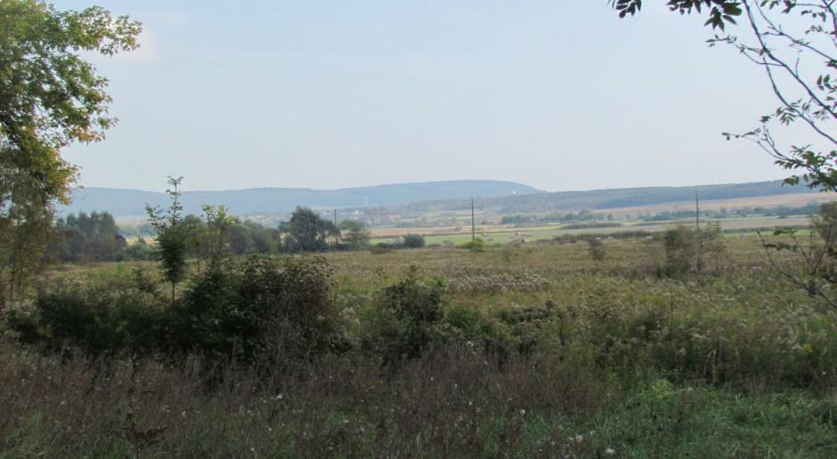 Ziemia dla rolników indywidualnych, a nie spółek