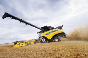 New Holland CR 10.90 - nowy rekordzista w zbiorze pszenicy
