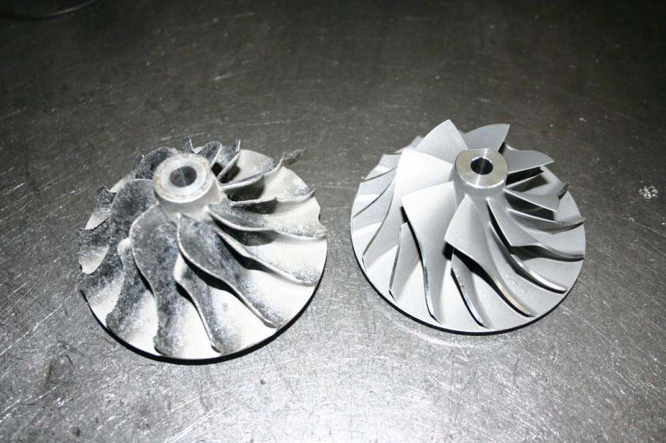 Cząsteczki piachu nie zatrzymane przez filtr powietrza prowadzą do stopniowego ścierania łopatek, w wyniku czego spada wydajność sprężarki, fot. WD