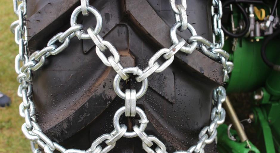 Łańcuchy śniegowe – warto je mieć