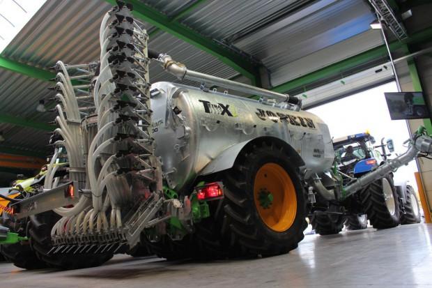 Joskin Tetrax2 – wóz na trudny teren
