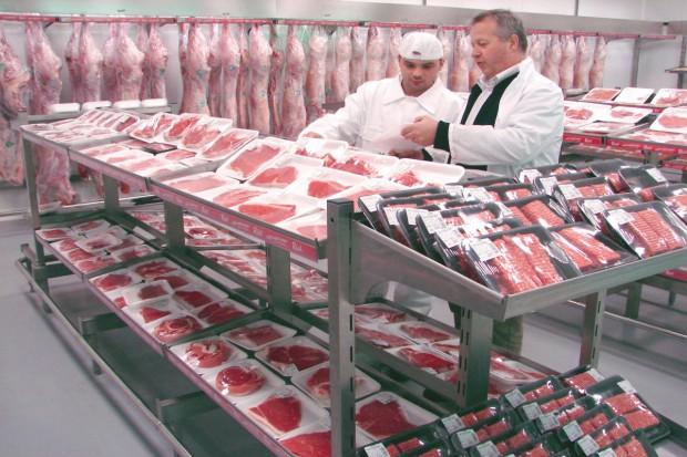 Niemcy: Rekordowa produkcja mięsa w 2014 r.