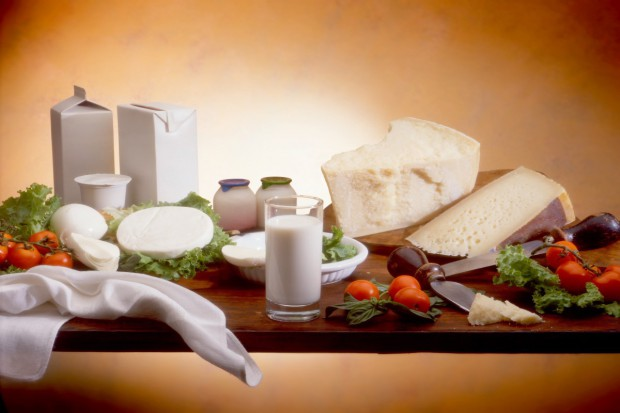 Obrót produktami mleczarskimi w 2014 roku