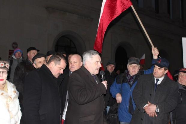 Policja wnioskuje do sądu o kary za protest przed ministerstwem rolnictwa