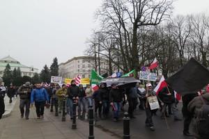 Trwa manifestacja rolników w Warszawie