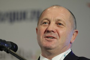 Sawicki: Możliwe dopłaty nawet 500 euro na ha
