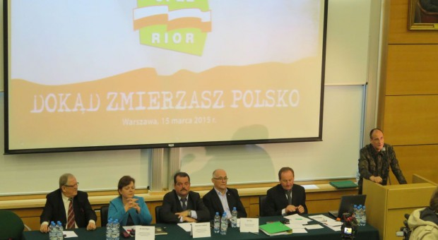 Rolnicy z OPZZRiOR zapowiadają na 18 kwietnia manifestację w Warszawie