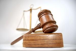 Oskarżony o zmowę z komornikiem zgodził się na wyrok bez procesu