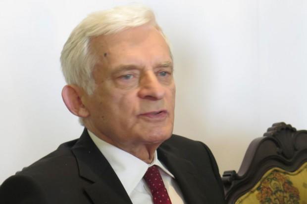 Buzek: Polski rolnik w UE - młody, przedsiębiorca, produkujący energię