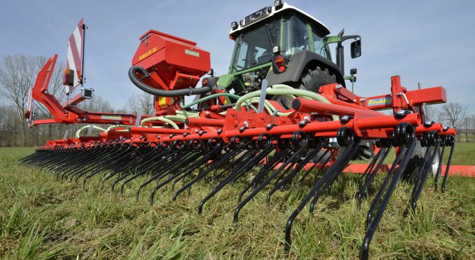 Jak prawidłowo przeprowadzić renowację użytków zielonych?