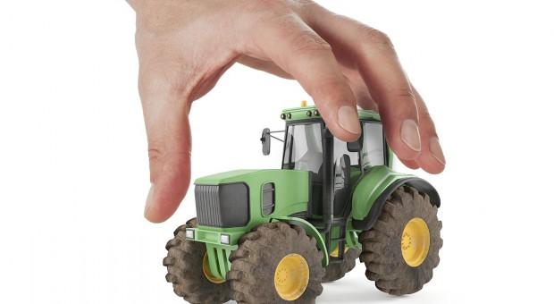 Rolnik kontra komornik - wszystko, co warto wiedzieć