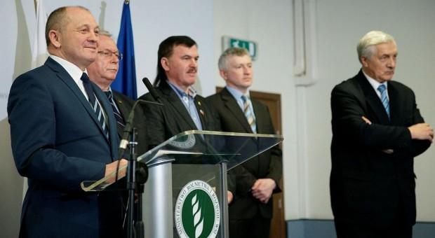 Minister zapowiada koncentrację na rynku mleka