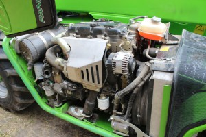 102-konny silnik Perkinsa został zastąpiony Kubotą o tej samej mocy. Jednostka jest uważana za bardzo oszczędną, ale ma filtr DPF, fot. K.Hołownia