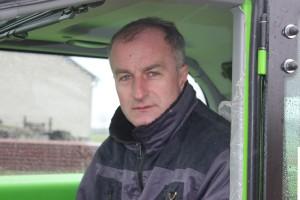 Andrzej Bergier docenia w ładowarce przede wszystkim wysoką wydajność i komfort oraz niewielką wysokość, która pozwala na wjazd do kurników, fot. K.Hołownia