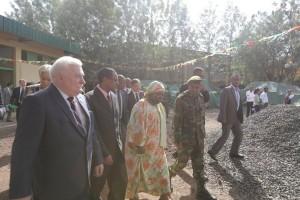W otwarciu montowni Ursusa w Etiopii wziął udział Lech Wałęsa, fot. Ursus