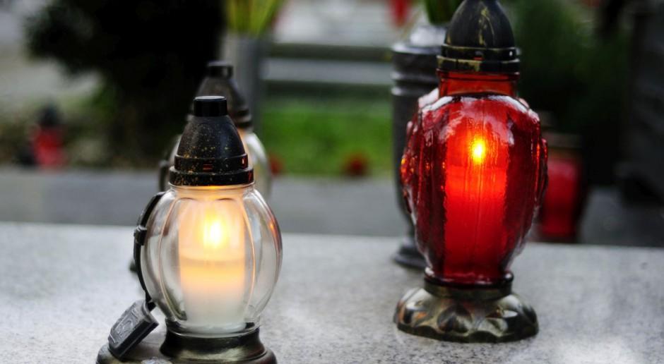 Od wtorku cmentarze ponownie otwarte