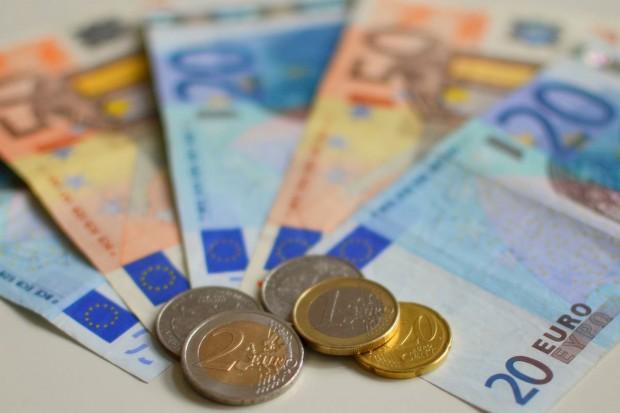 Sawicki: będą dodatkowe 54 mln euro dla młodych rolników