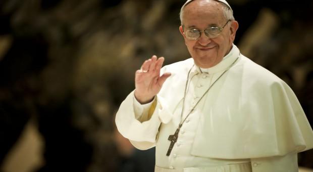 Papież apeluje o krzewienie świadomości ekologicznej