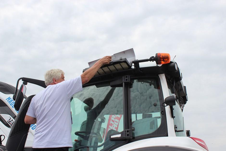 Serwisując klimatyzację trzeba koniecznie wymienić filtry powietrza w kabinie fot. Farmer
