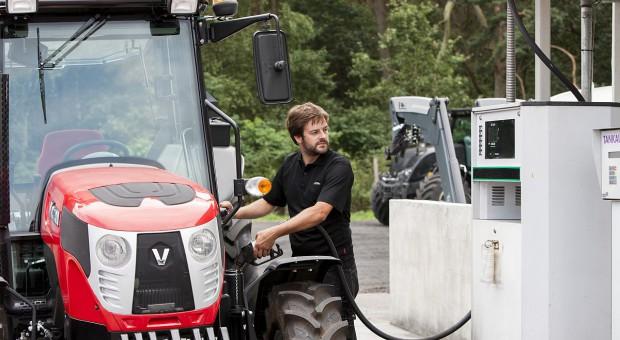 Biodiesel B100 – czy można go stosować w ciągnikach rolniczych?