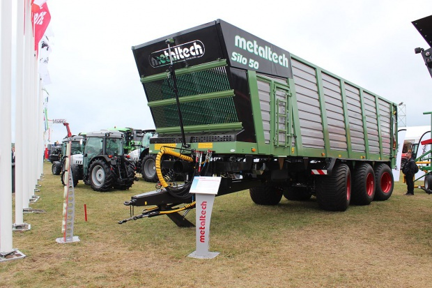 Metaltech Silo przewiezie do 50 m3 zielonki