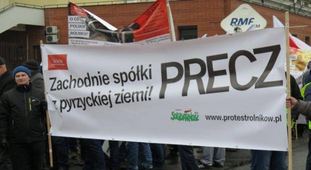 PiS krytykuje zatrzymanie rolników z Pyrzyc; resort rolnictwa chce informacji od prokuratury (aktualizacja)