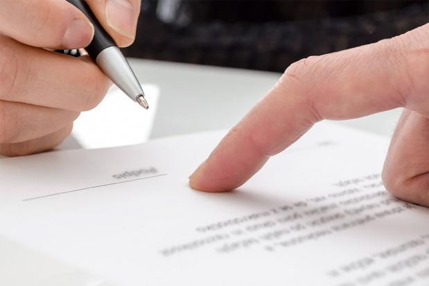 Zawarłeś umowę pod wpływem błędu, groźby czy też podstępu? Uchyl się od jej skutków!