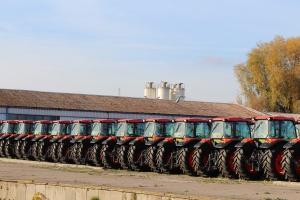 Ciągniki Kubota gotowe do transportu do dealerów, fot. Kubota