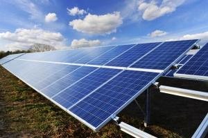 """Dofinansowanie 50% do instalacji fotowoltaicznych w ramach działania """"Wsparcie inwestycji w przetwarzanie produktów rolnych, obrót nimi lub ich rozwój""""."""