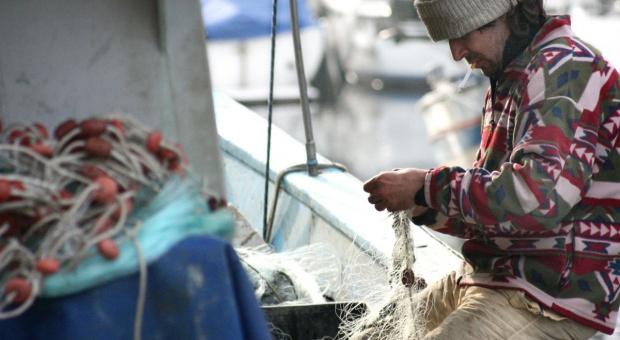 """Gróbarczyk: Rybacy rekreacyjni dostaną 20 mln zł, rybacy odpowiadają: to """"kpina"""""""