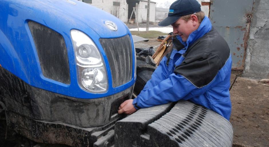 """Jakie zasady punktacji i preferencje dla młodych rolników w """"Modernizacji"""" na maszyny?"""