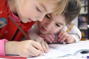 NIK: Warunki kształcenia, wychowania i opieki w szkołach - zróżnicowane