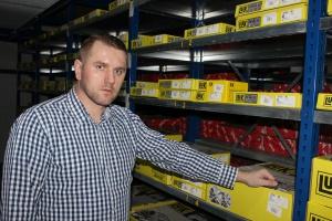 - Klienci coraz częściej wybierają tzw. Rep Sety, które dają pewność działania sprzęgła na długi czas – mówi Mariusz Śledziewski z firmy Agromer z Gręzowa, która jest dystrybutorem sprzęgieł LUK