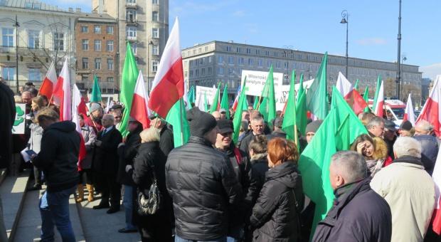 """Manifestacja PSL """"w obronie polskiej ziemi"""""""