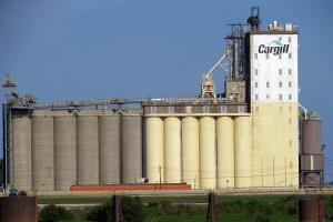 Cargill otrzymał zgodę UOKiK na przejęcie Dossche w Polsce