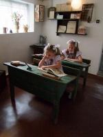 W muzeum znajduje się również dawna sala lekcyjna, fot. Muzeum w Łysomicach