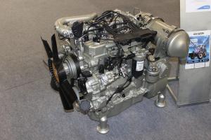 Do napędu ciągnika posłuży silnik Perkins 854E-E34TA generujący moc 113 KM przy 2200 obr./min. Fot. MK