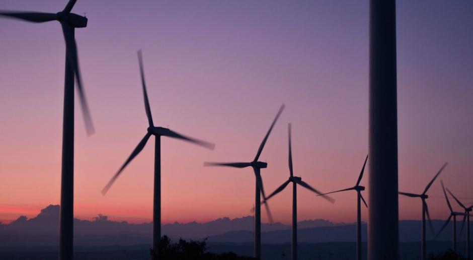 Eksperci: Projekt PiS dot. energetyki wiatrowej to ewenement w skali światowej