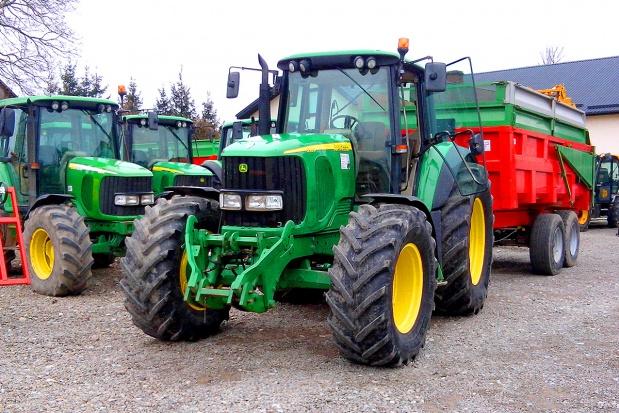 John Deere 6020 - ciągniki solidne i... drogie