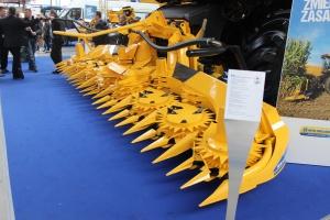 Przystawki do zbioru kukurydzy są dostarczane od firmy Kemper. Fot. MK