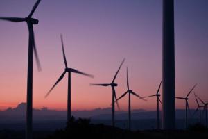 Kurtyka: Udział OZE będzie rósł, trzeba przemyśleć europejski rynek energii
