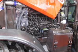 Do napędu ciągnika posłużył silnik 6 cylindrowy, turbodoładowany własnej produkcji MMZ; Fot. MK.