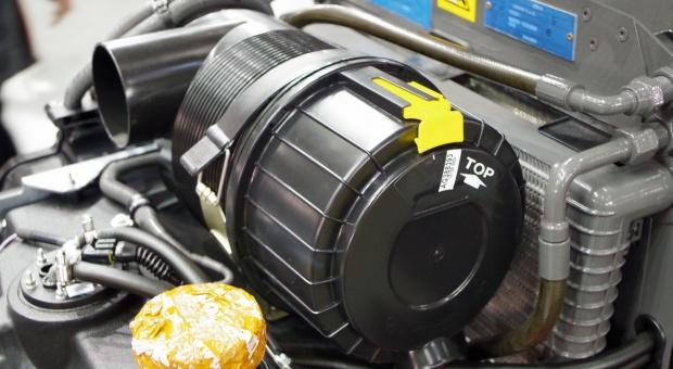 Filtr powietrza – czyść go regularnie, a zaoszczędzisz