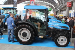 Podstawowy model ciągnika Landini Technofarm 80 (74 KM) w wersji bez kabiny można teraz kupić za 88 tys. zł netto. Nie brakuje również rabatów i ciekawych ofert finansowania fabrycznego na inne modele