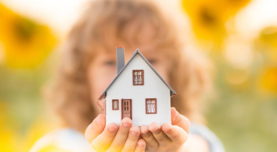 Rodzinom z 500+ gmina oferuje działki budowlane za połowę ceny