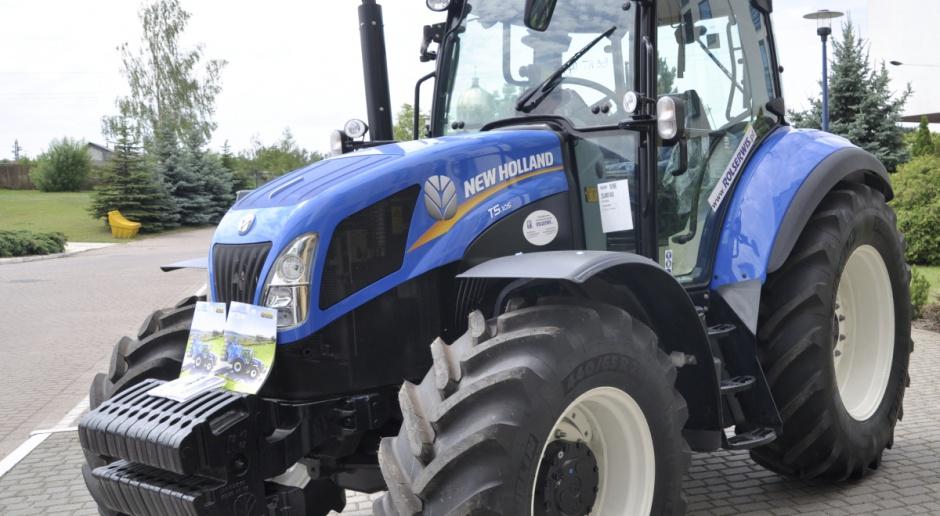 New Holland T5.105 przydatny w produkcji zwierzęcej