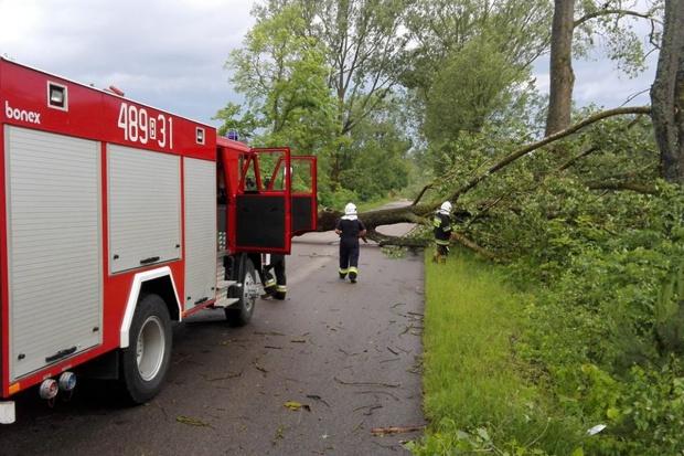 RCB: Ponad 111 tys. odbiorców pozbawionych prądu